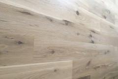 Renowacja deski dębowej rustik, wykończenie BONA WHITE i BONA TRAFFIC HD Mat